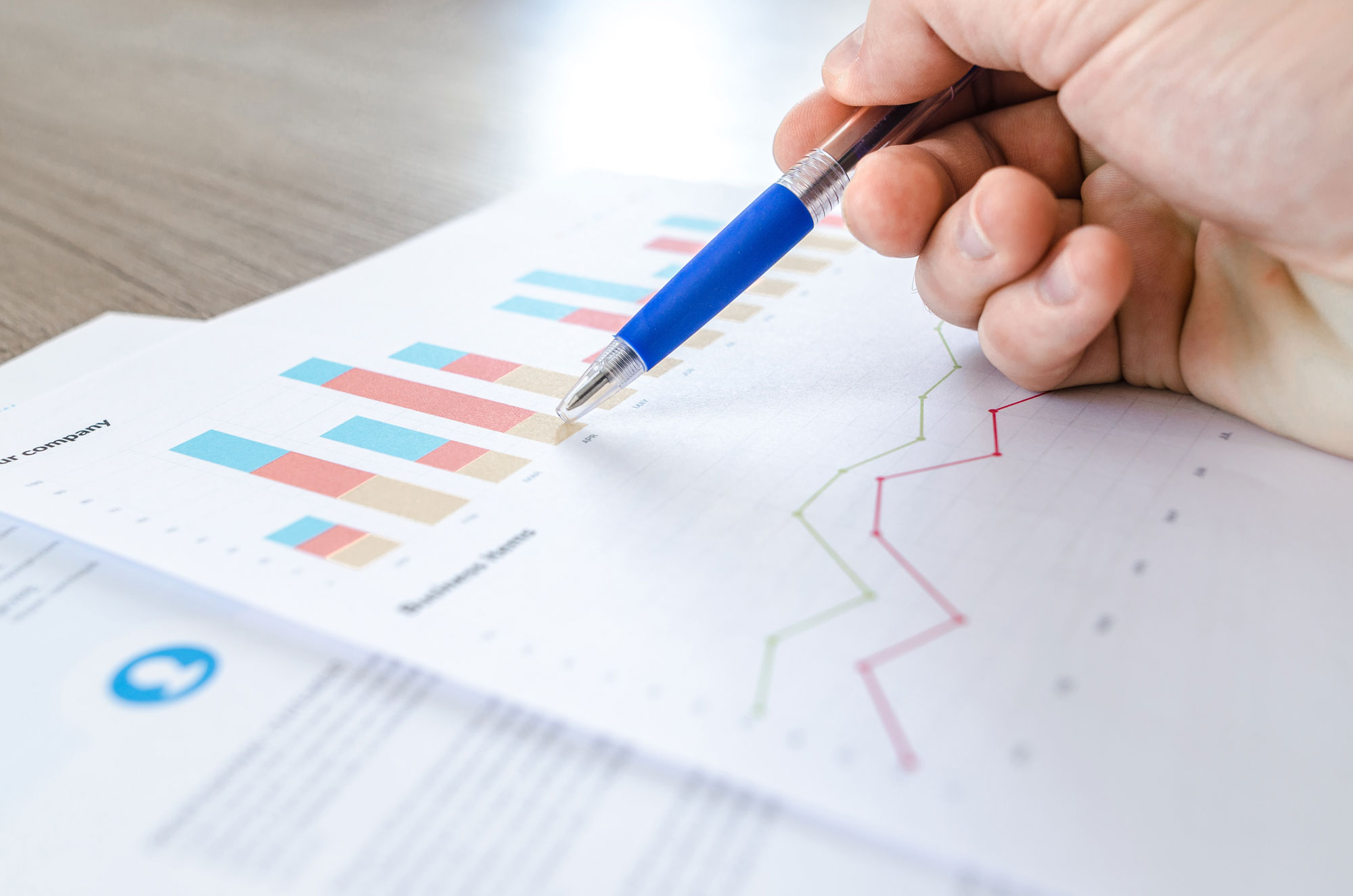 chart-close-up-data-desk-590022-web